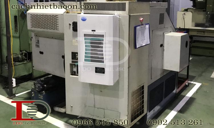 Điều hòa tủ điện máy cnc tăng tuổi cho tủ điều khiển