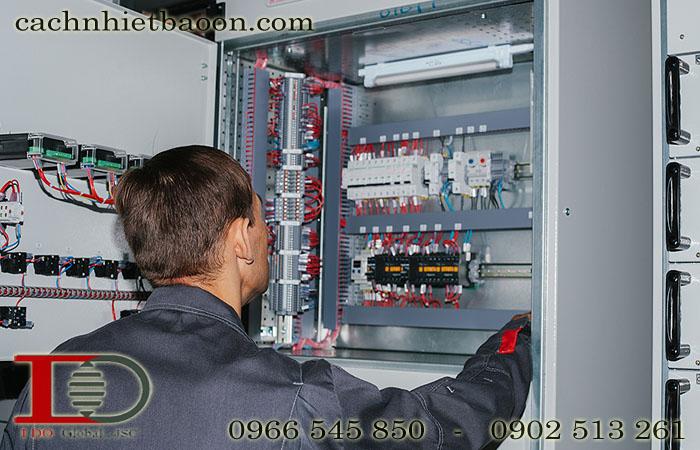 Làm mát Tủ điện công nghiệp - Tủ phân phối MSB