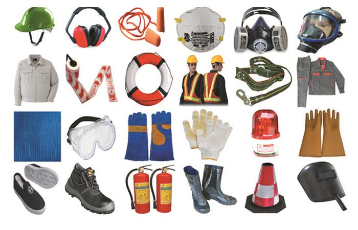 Thi công bông thủy tinh cách nhiệt cần mang đồ bảo hộ lao động